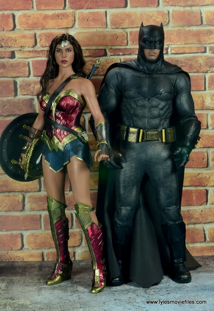 Hot Toys Batman v Superman Batman figure review -scale with Wonder Woman