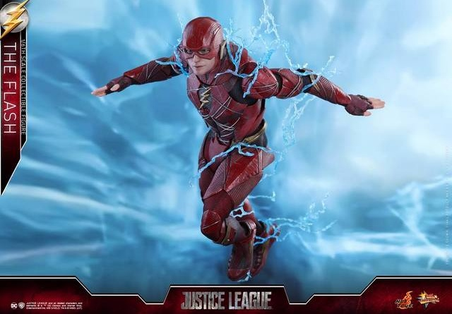 Hot Toys Justice League The Flash figure - wide running with lightning