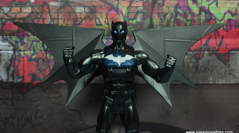 DC Multiverse Batwing figure review - main pic