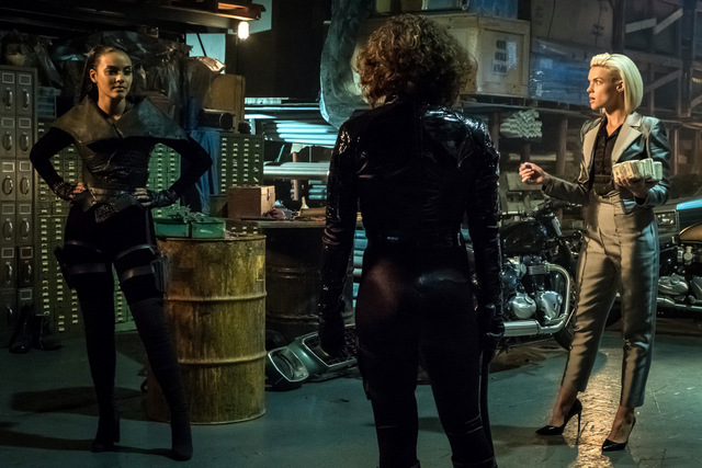 Gotham - A Day in the Narrows - Tabitha, Selina and barbara