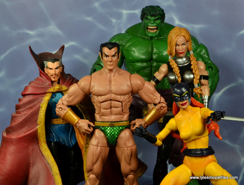 marvel legends sub-mariner figure review -with defenders doctor strange, hulk, valkyre and hellcat