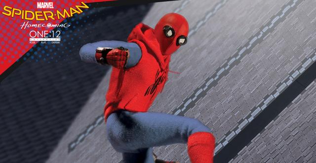 mezco one 12 spider-man homecoming original suit toy fair 2018