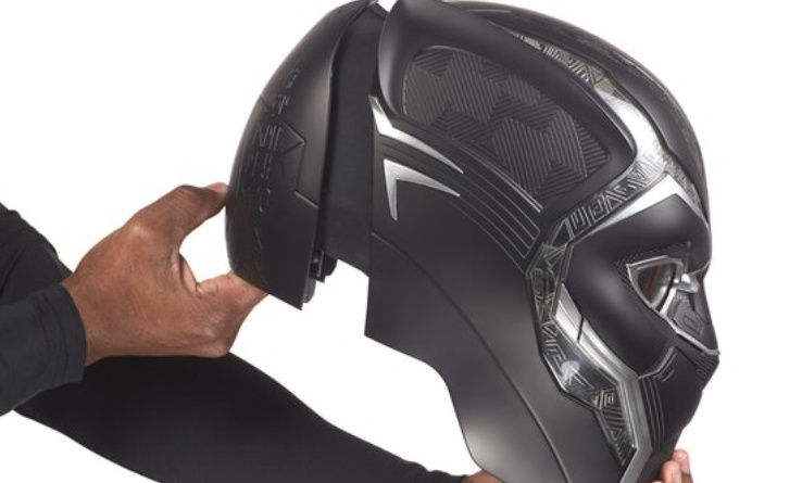 Marvel Legends Black Panther helmet Side