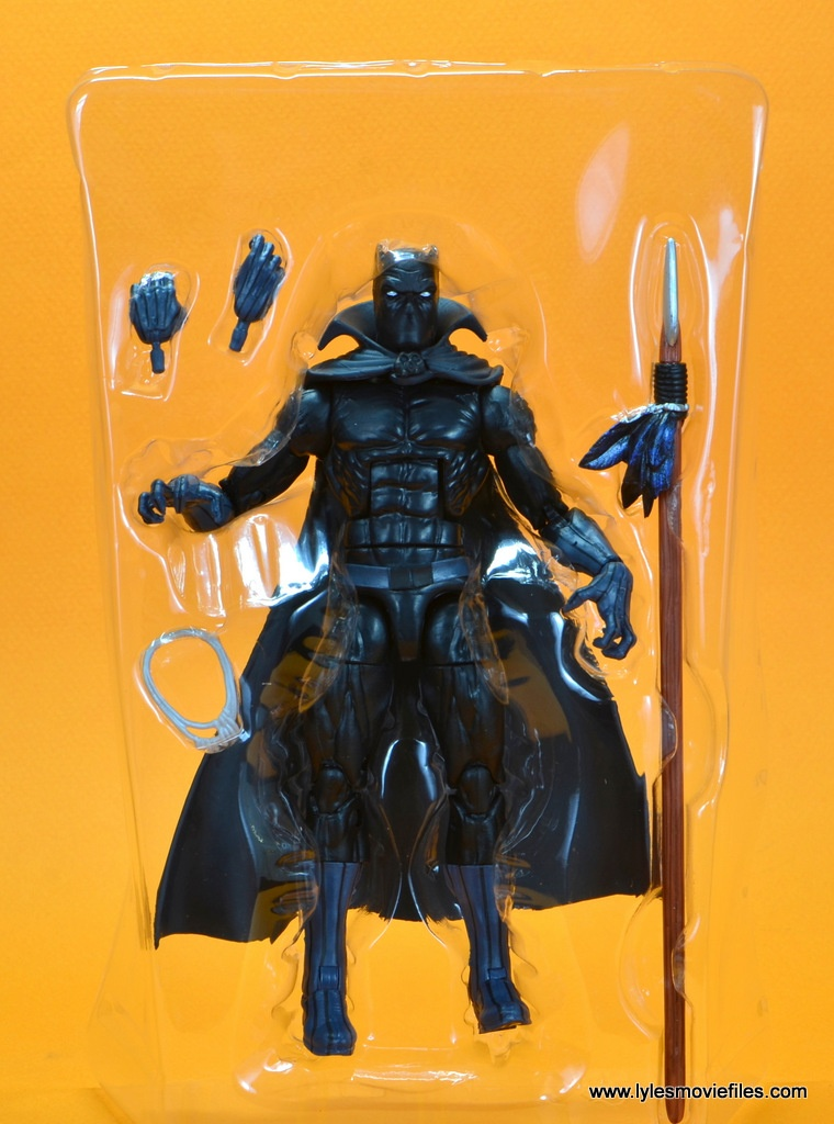marvel legends black panther figure review - accessories in tray