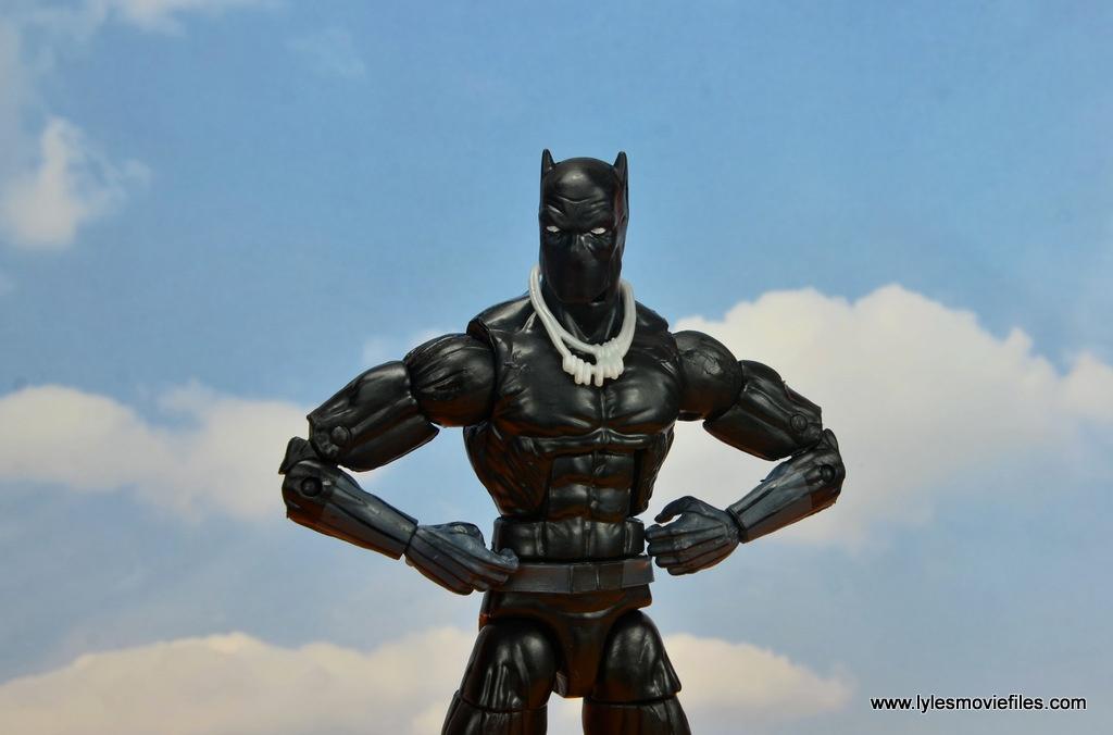 marvel legends black panther figure review - hands on hips