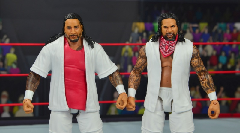 wwe elite 54 the usos jimmy and jey usos figure review - main pic