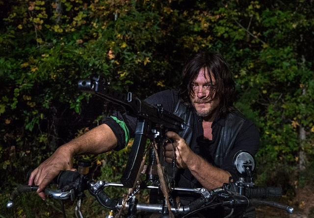 the-walking-dead-do not send us astray review daryl