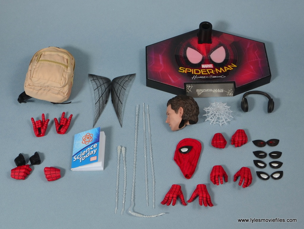 hot toys spider-man homecoming figure review accessories