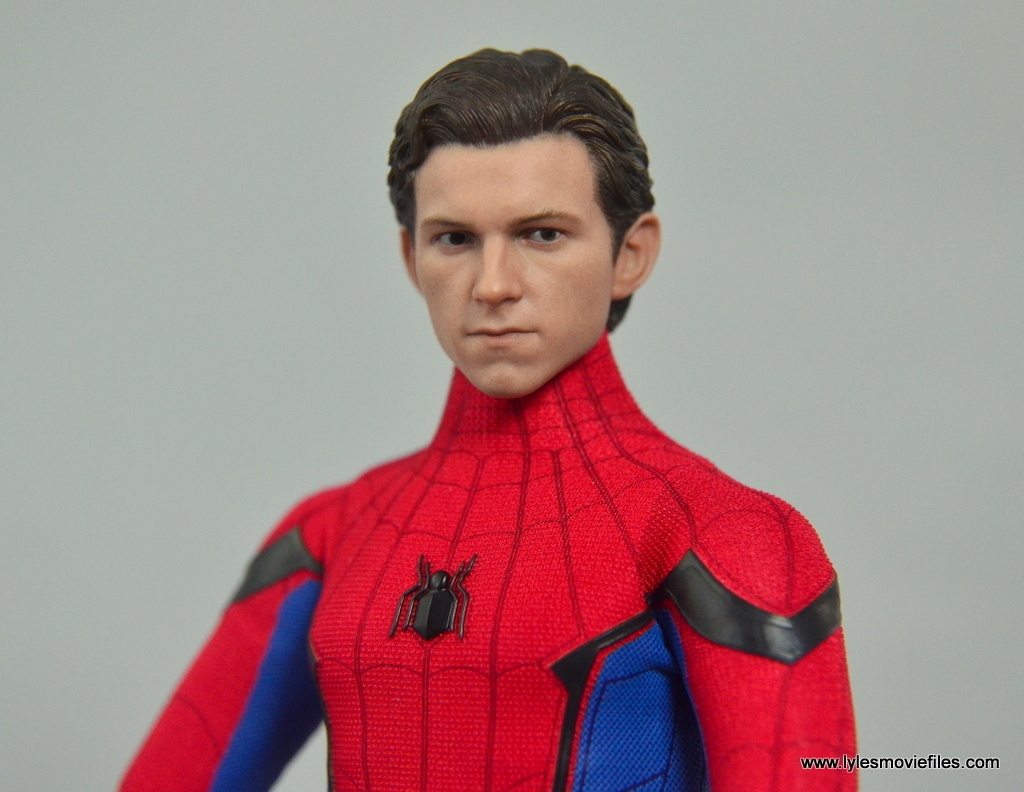 hot toys spider-man homecoming figure review - peter parker head sculpt