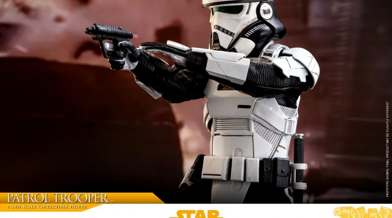 hot toys solo a star wars story patrol trooper figure -side aiming