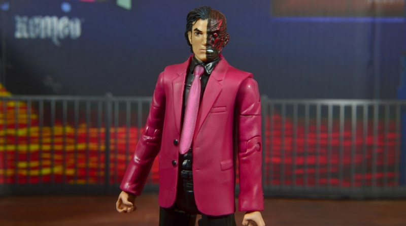 dc multiverse two-face figure review -main pic
