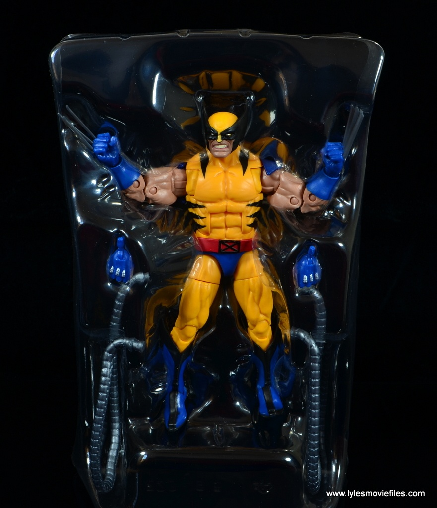 marvel legends wolverine figure review - accessories in tray