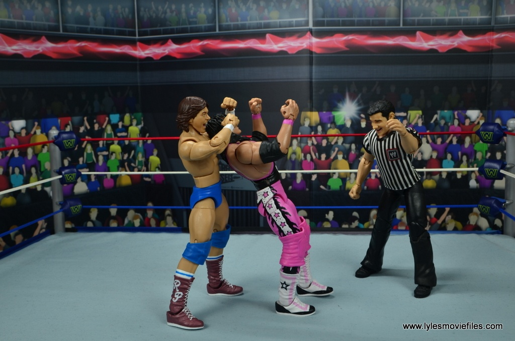 wwe hall of fame rowdy roddy piper figure review - sleeper hold to bret hart