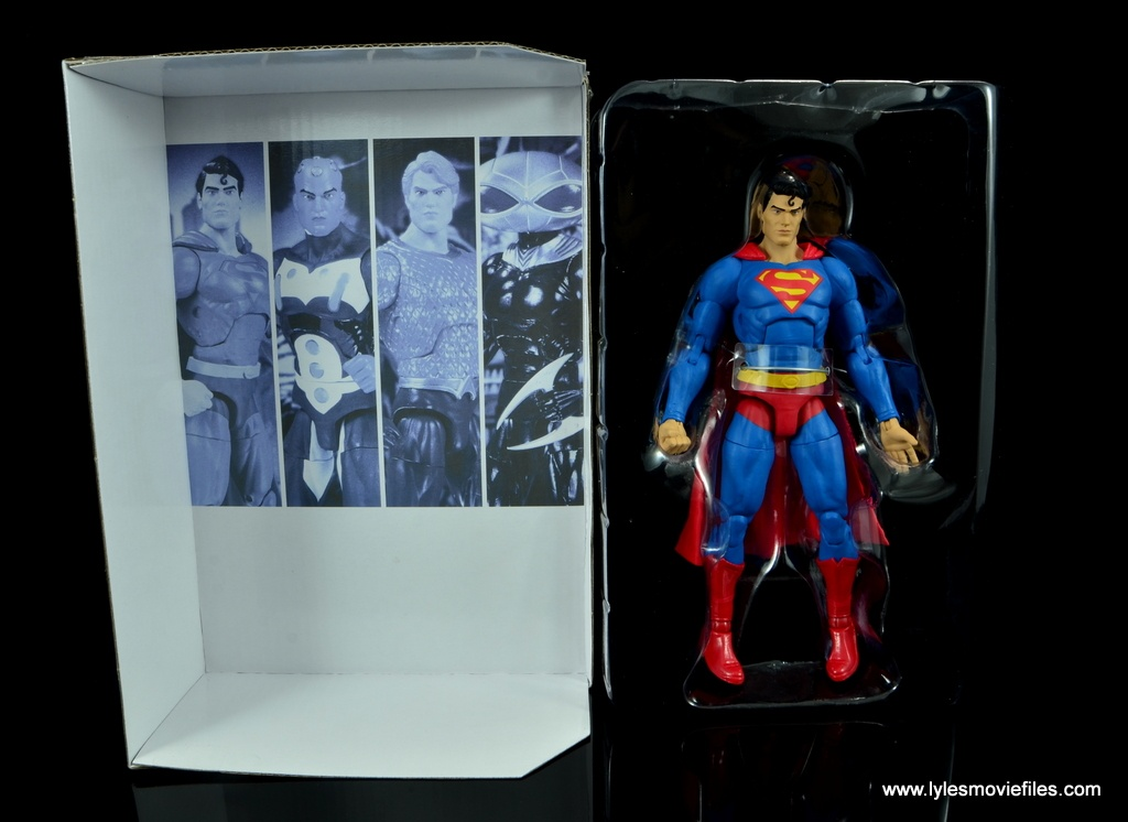 dc essentials superman review -figure in tray