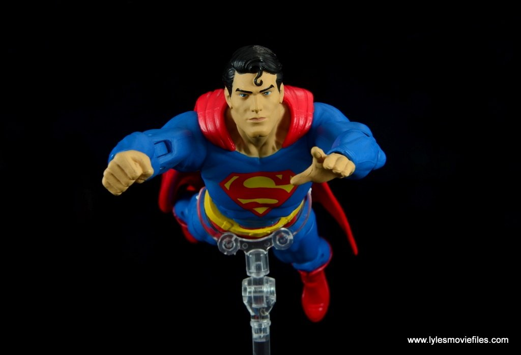 dc essentials superman review - flying ahead