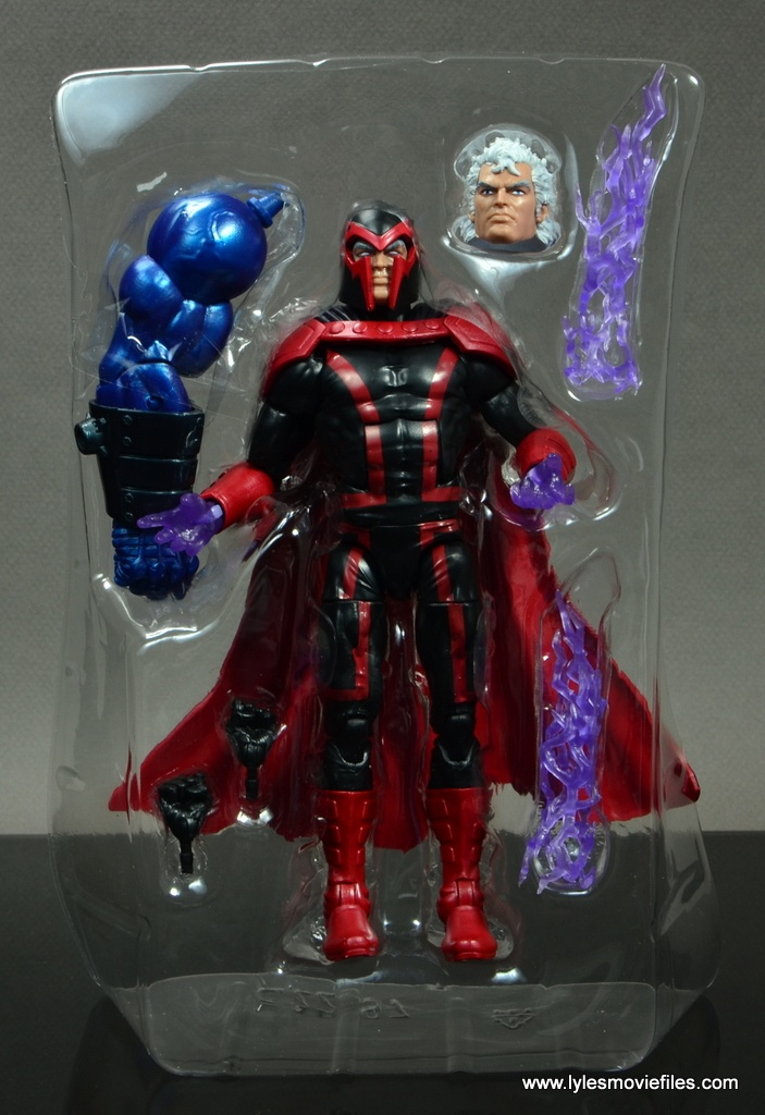 marvel legends magento review -accessories in rtray