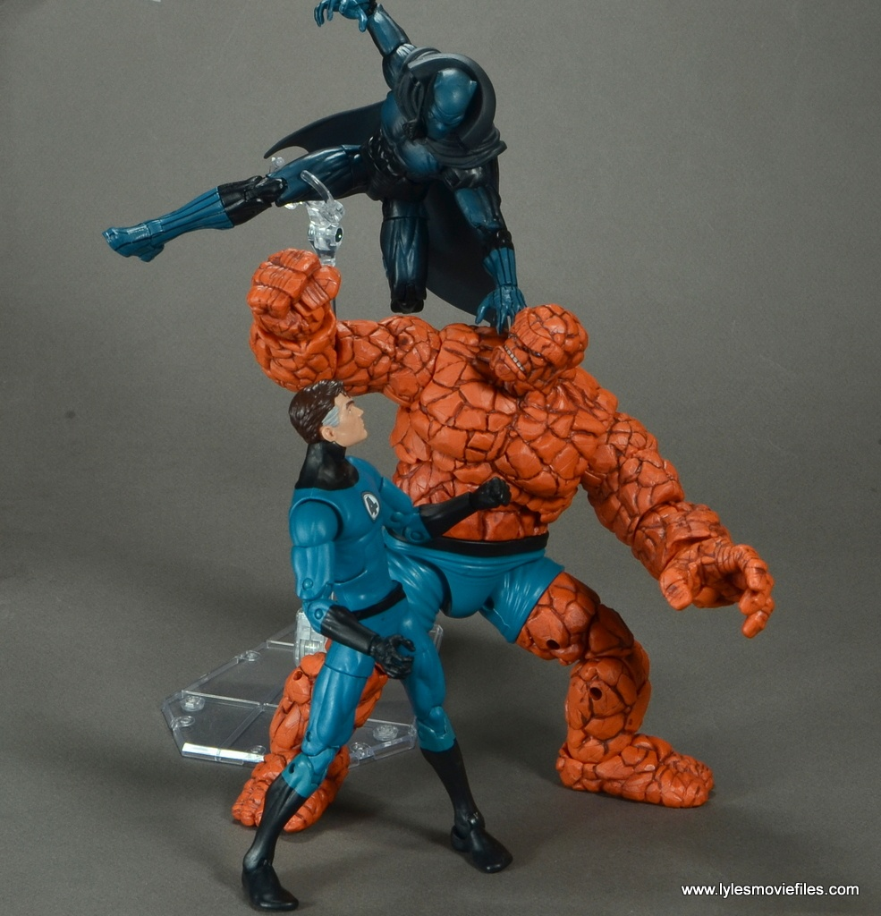 marvel legends the thing figure review - tangling with black panther