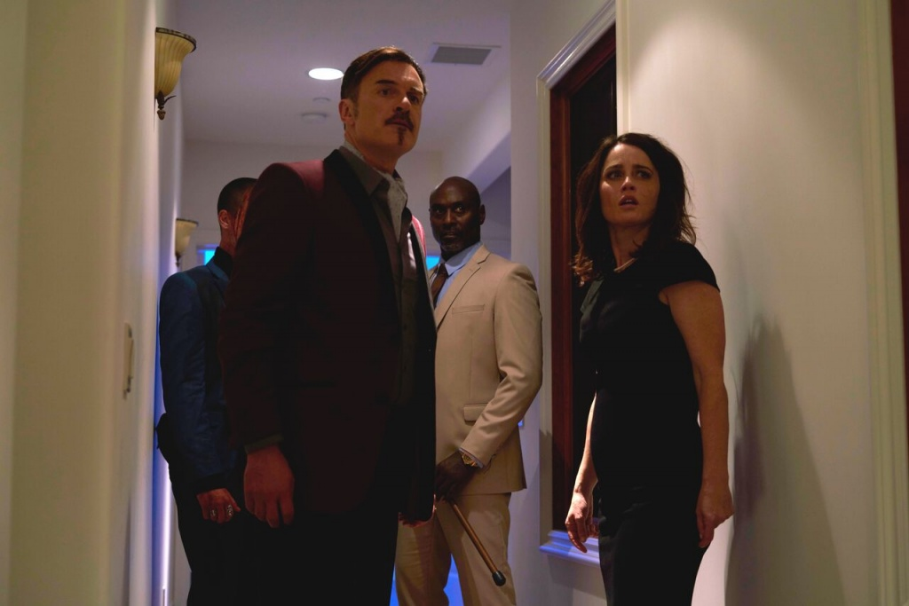 monster party review - julian mcmahon, lance reddick and robin tunney